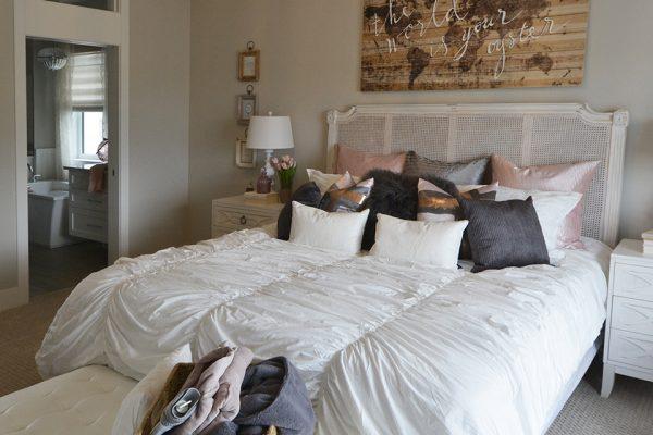 3-Jacobs-Master-Bedroom3